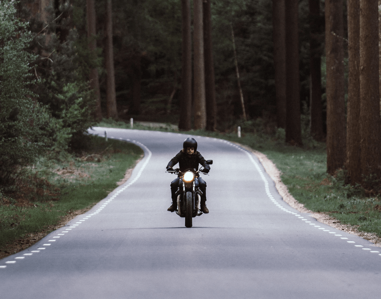 7 Tips for Safe Motorcycle Riding