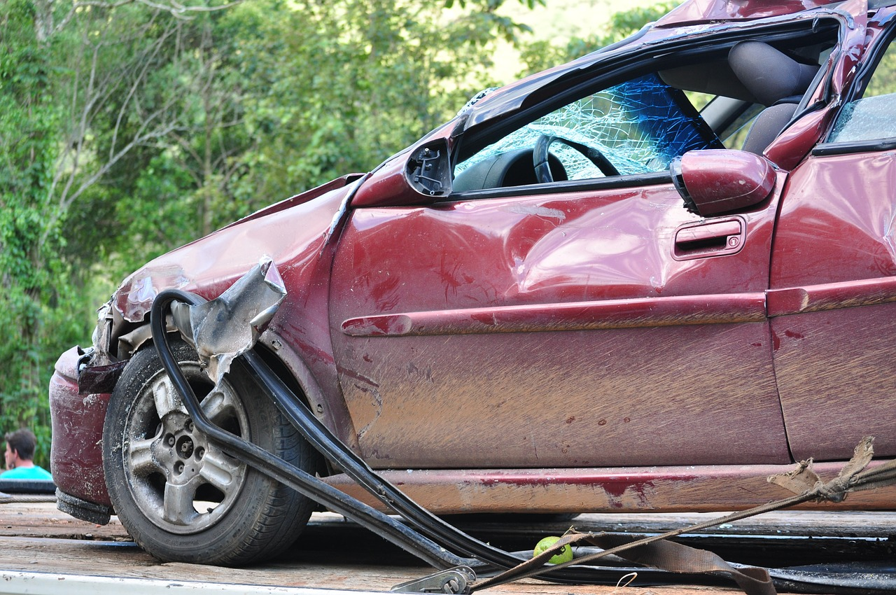 What Happens if Your Damages Exceed At-Fault Driver's Policy Limit?